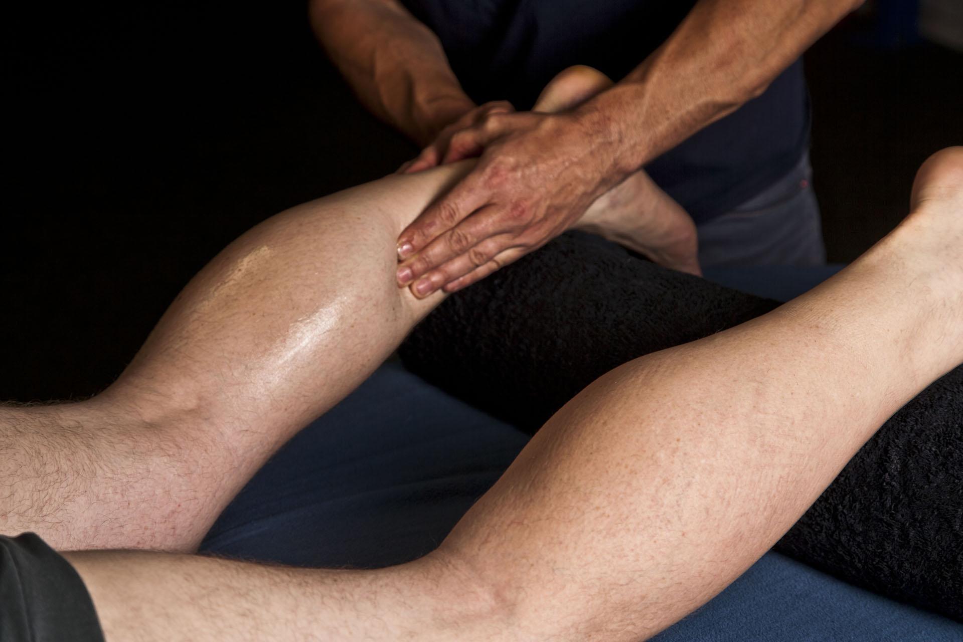 Rise Up Sporttherapie biedt sportmassage in Alkmaar. Kies voor behandeling door iemand die volledig gediplomeerd is en fulltime bezig is met sporttherapie.